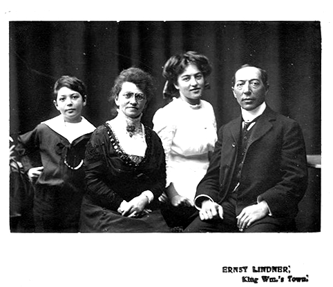 FRANZ HEDWIG GINSBERG WITH 2 of their 3 children